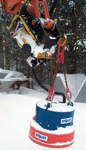 HMAG_700_winter_lift.jpg
